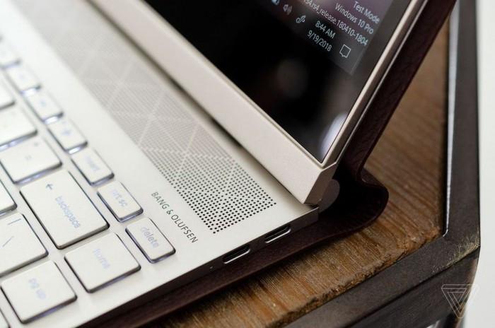 惠普推出Spectre Folio:一款皮质感变形笔记本电脑的照片 - 11