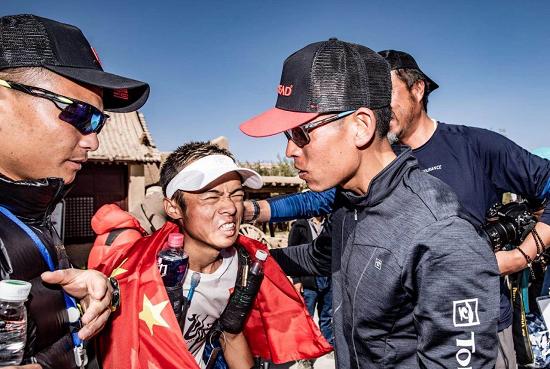 探路者飞越队梁晶、赵家驹包揽2018八百流沙极限赛冠亚军
