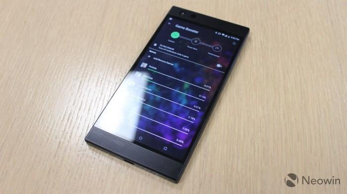 Razer Phone 2发布:背面Chroma幻彩灯 正面120Hz屏幕的照片 - 24
