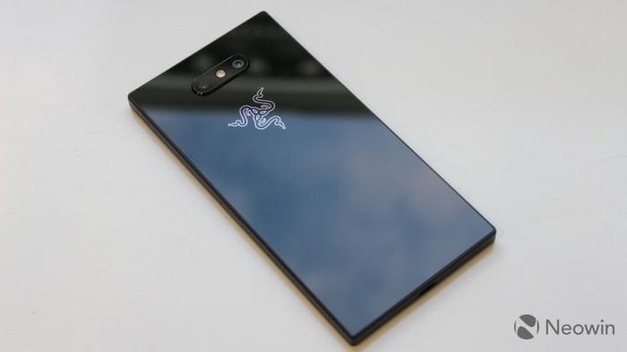 Razer Phone 2发布:背面Chroma幻彩灯 正面120Hz屏幕的照片 - 18