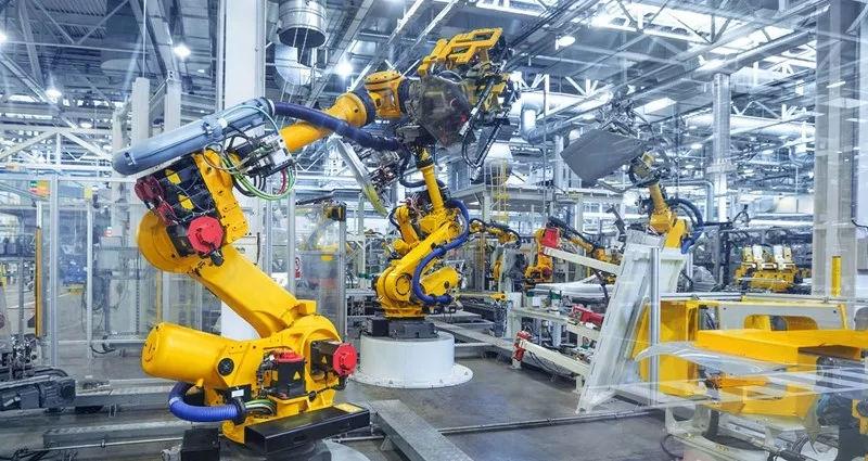 先进制造的四种类型的工业机器人