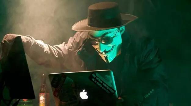 """马蜂窝被""""捅""""背后:互联网江湖的原罪和暗战"""