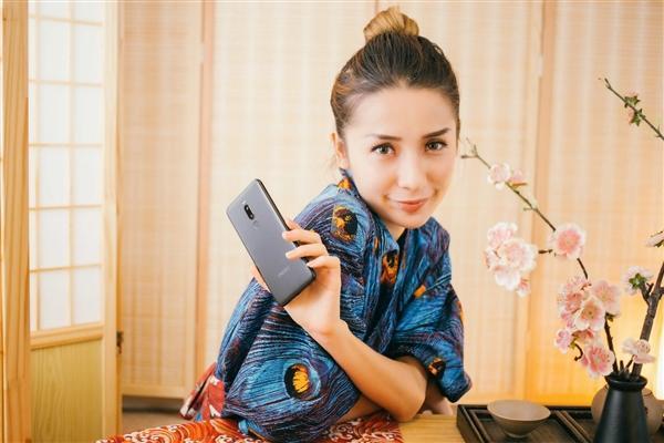 魅族Note 8官方图赏:黑蓝紫红四色齐飞的照片 - 20