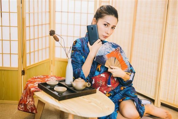 魅族Note 8官方图赏:黑蓝紫红四色齐飞的照片 - 12