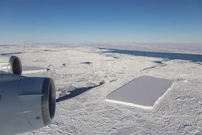 不止一座 NASA发现又一座矩形冰山的照片 - 2