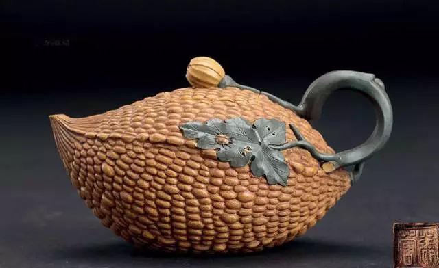 蒋蓉金铃子壶