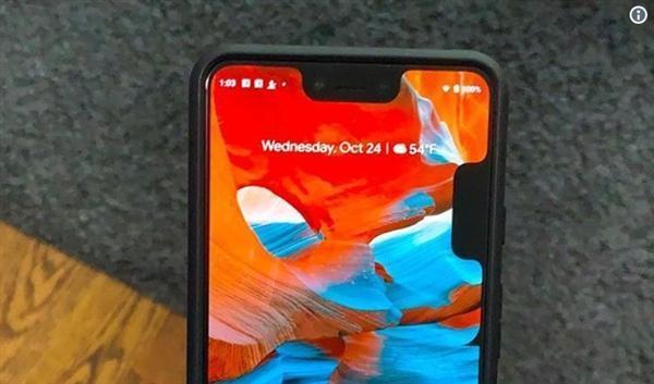 谷歌Pixel 3 XL出现双刘海BUG:用户哭笑不得的照片 - 1