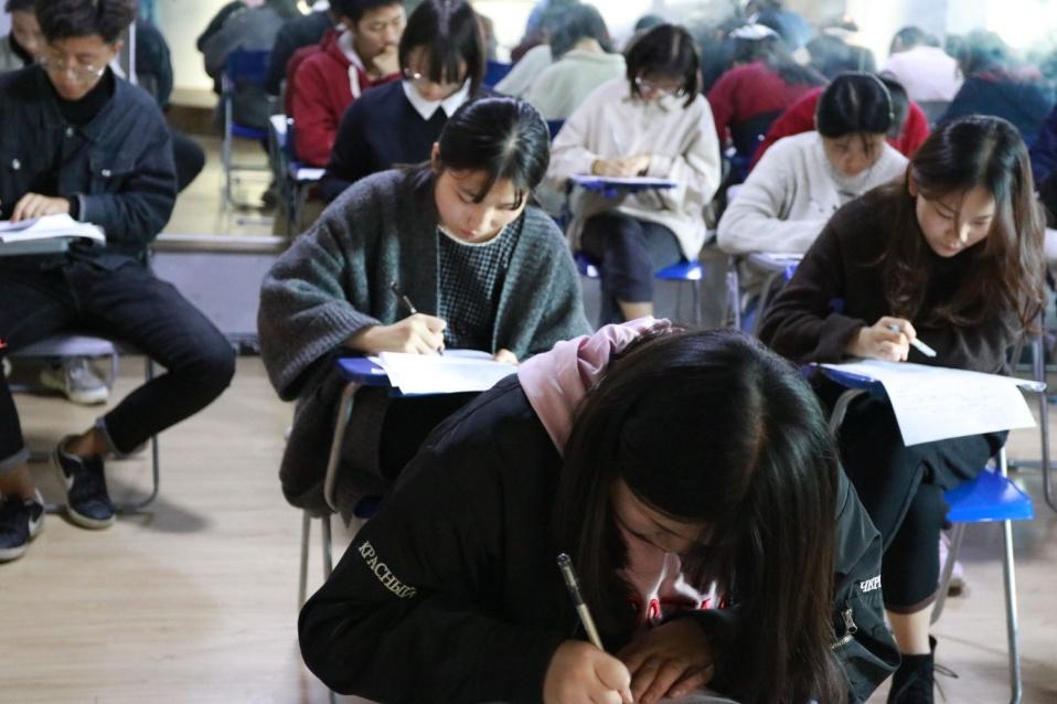 高考学霸揭秘语文复习黄金规律!新课标和新