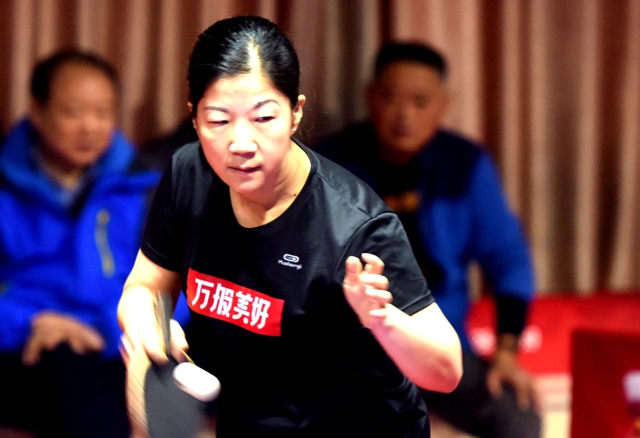 江苏仪征:举办十七届乒协会员赛