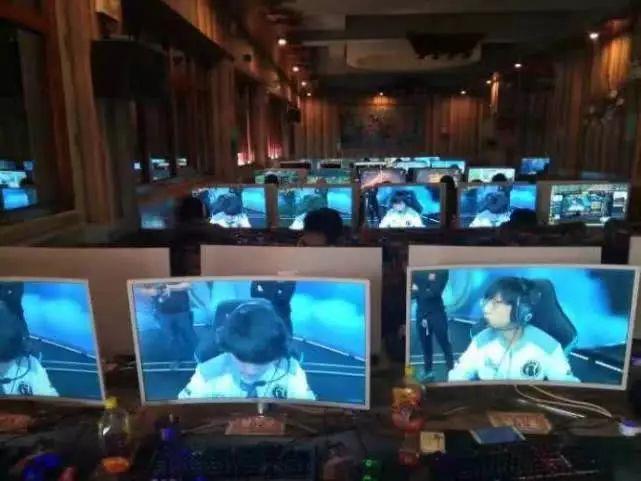 IG夺冠刷屏的背后 是一个200000000多人的庞大群体!的照片 - 4