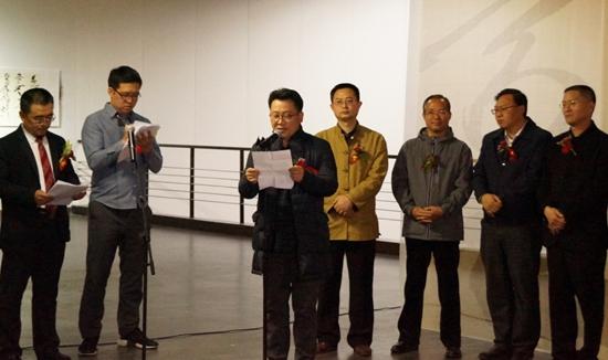 健毫:中韩青年书家作品交流展在山西大学美术馆开展