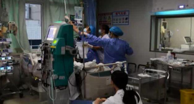 广州一女子吃了烤鸡翅昏迷入院 有这种习惯的要注意了