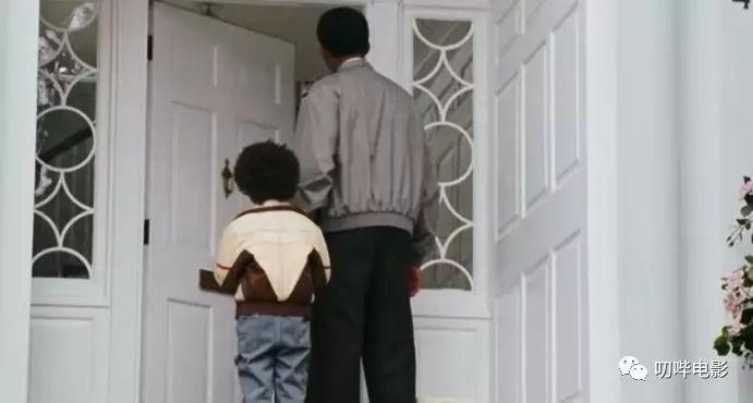 根据真实事件改编,平民的励志片《当幸福来敲门》-雪花新闻