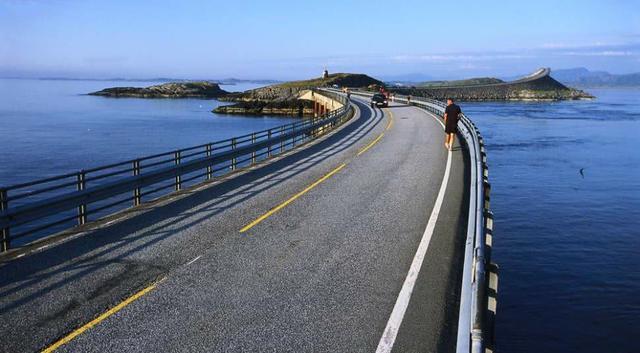 """全球最""""奇葩""""的桥梁,看似像""""断""""了一样,可把司机给吓坏了!"""