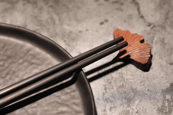 """丰年升:你的筷子就该""""举世无双"""""""