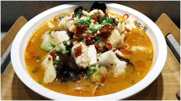 让吃货欲罢不能的网红单品爆款美食,原来就是鱼你在一起酸菜鱼