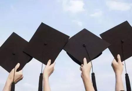 获得本科学历之后不仅有利于找工作,还有这几个好处!