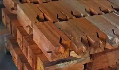为什么只有红木家具能够历久弥新、世代相传?-木材种类