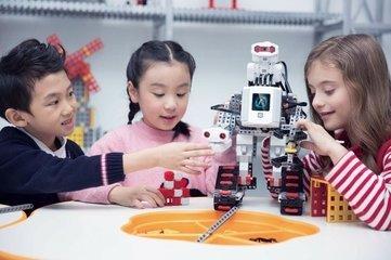 机器人将重复电脑崛起之路,青少年机器人教育提上议程!-雪花新闻