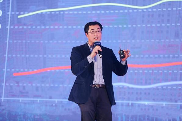 经济学者邵挺:房产市场政策取向包括调整供应结构、规范发展租赁市场等