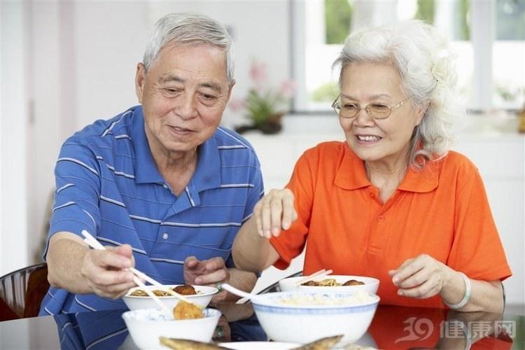 百歲老人都不簡單!記住「5個要」,你也會很長壽