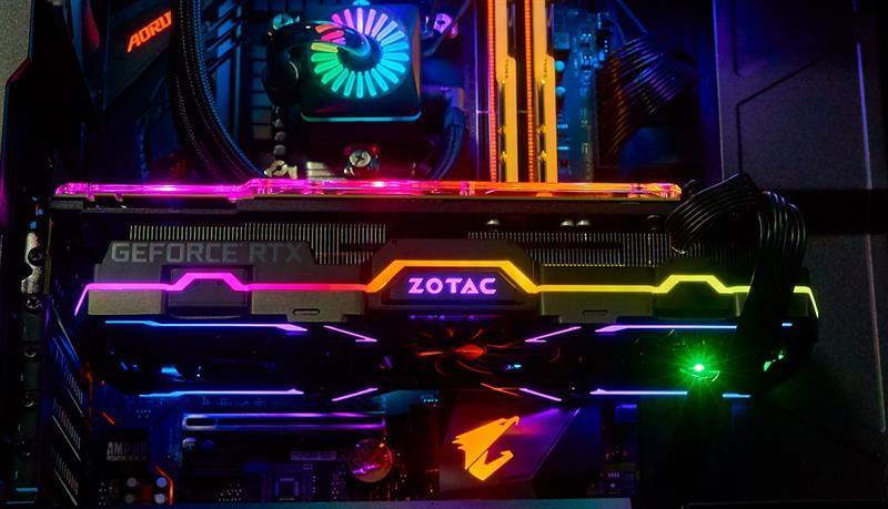 索泰RTX2080Ti 玩家力量至尊PGF OC14评测的照片 - 21