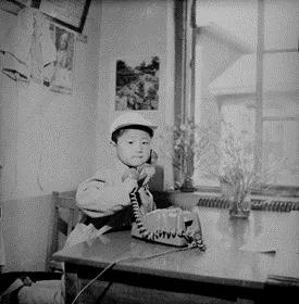 百度用AI技术为黑白老照片上色的照片 - 4