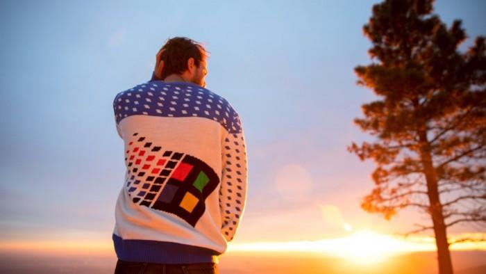 微软最新发布Win95复古风格毛衣的照片 - 1