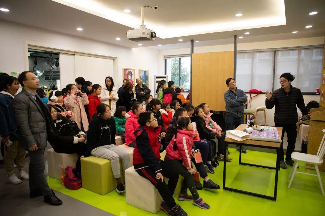 整合社会资源 打造动漫画体验活动新空间 ——上海市青少年动漫创新实践基地开放活动花絮-雪花新闻