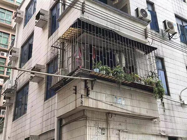 深圳被打女童已由专人陪护,应该剥夺父母监护权吗?的照片 - 4