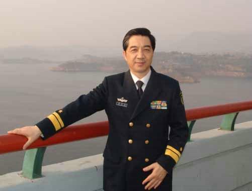 海军少将张召忠退休曝出自己一个月工资_中国