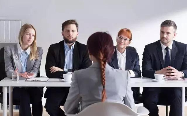 深圳在职人员提升学历选着什么专业好?过来人给你三点实用建议!