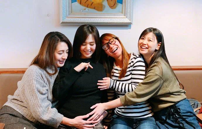 蒼井空懷雙胞胎報喜訊,繼承家族優良基因,但網友的評論亮了!