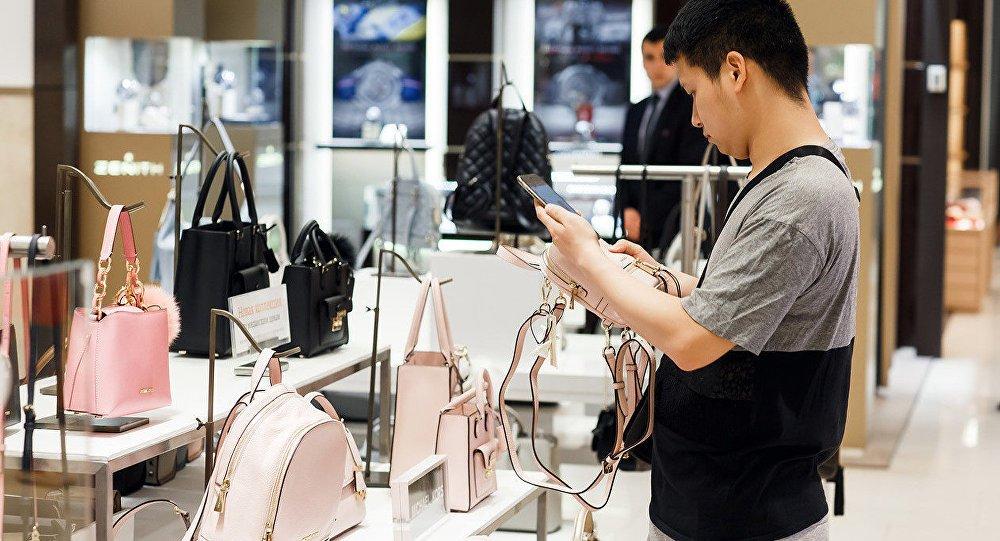 2019中国奢侈品报告:千禧一代成为全球奢侈品牌角逐的主力人群