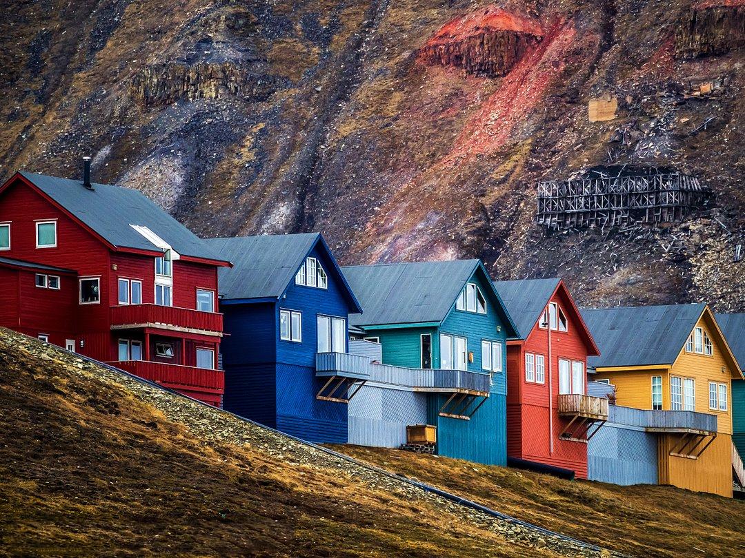 世界上唯一禁止生死的小镇纯净的像童话里的世界熊比人还多