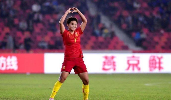 国足大热 今晚中国女足vs尼日利亚鲜有人知 为男足让路央视这样转