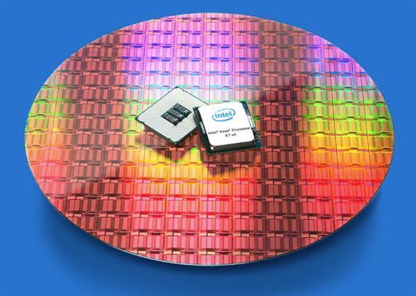 """诱人的""""冰湖"""":Intel打响10nm工艺第一枪"""