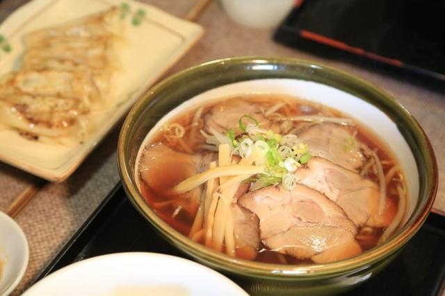 """北海道旭川,漫游雪国边城,做一个""""孤独的美食家"""""""