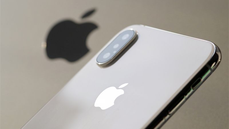 iPhone降价究竟慌了谁