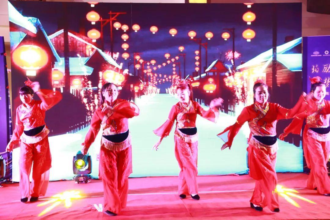 年会创意节目舞蹈《大妹子》