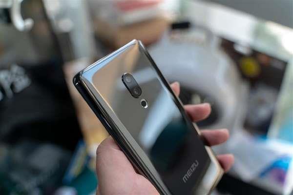 黄章谈无孔手机魅族zero:目前还是有孔实用的照片 - 1
