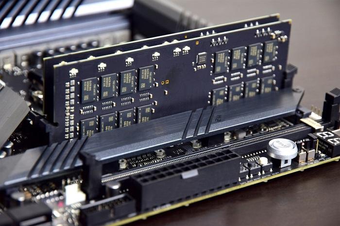 双层高DDR4内存介绍:容量轻松翻番 兼容性仍需考虑