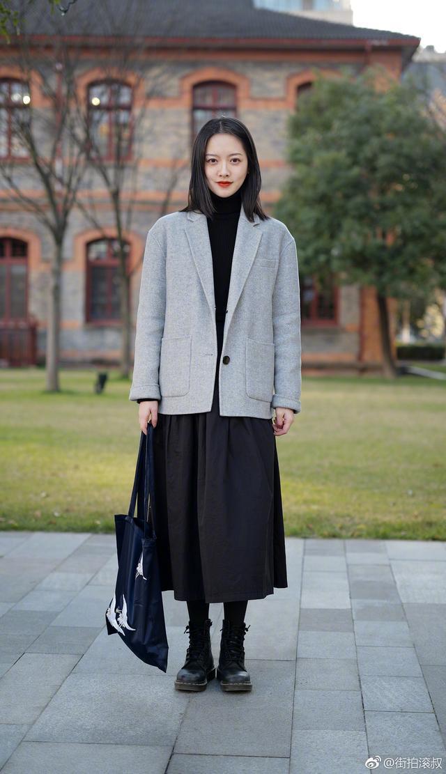 再冷也要好好打扮自己!看看街頭的她們如何hold時尚造型? 形象穿搭 第3張