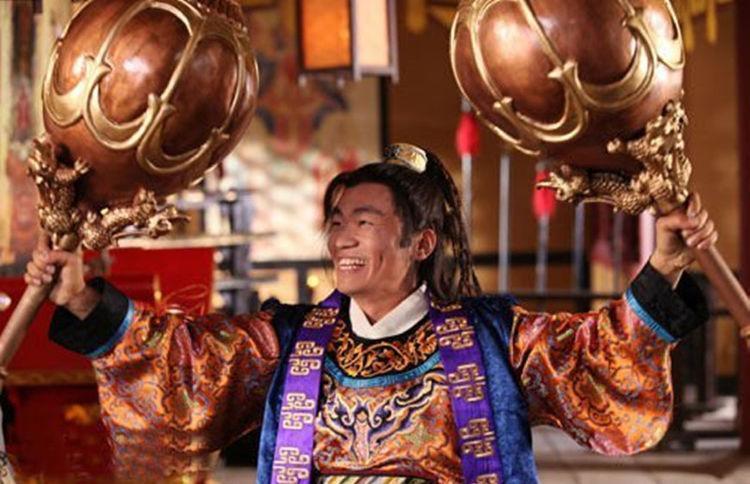 秦琼的双锏130多斤,李元霸的铁锤800斤?你可别当真
