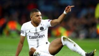 欧冠曼联主场不敌巴黎的原因浮出水面,网友热议一针见血