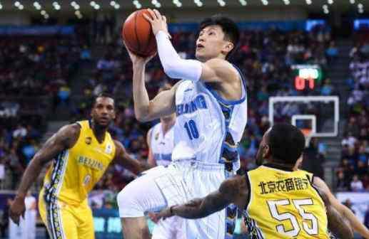 终于明白为什么北京首钢客场不敌广州男篮,网友热议一针见血