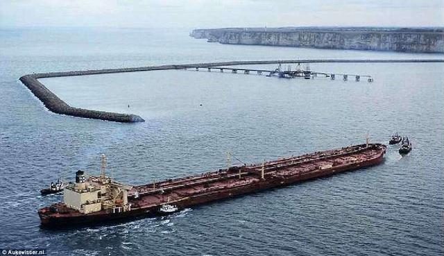 美国将建270万吨巨轮,是最大航母25倍 图3