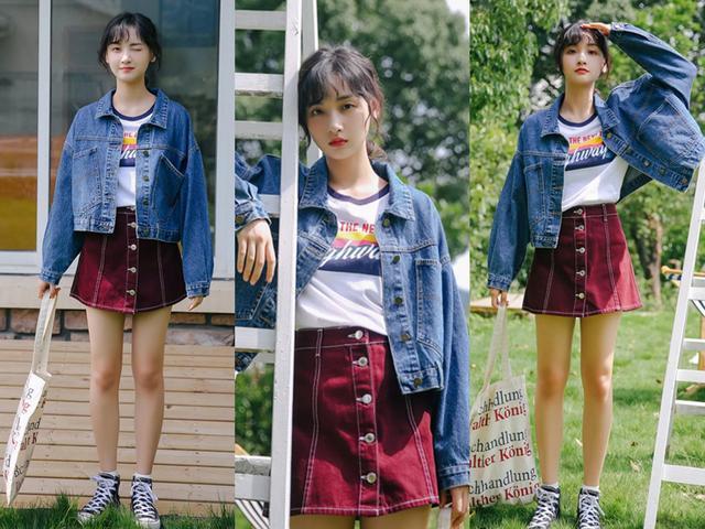 牛仔外套+T恤,再配一條小短裙,2019年春季這樣穿美多了!