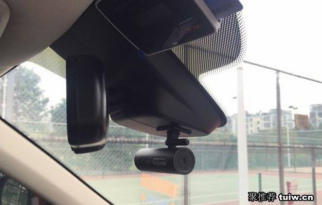 聚推荐:小米70迈行车记录仪测评