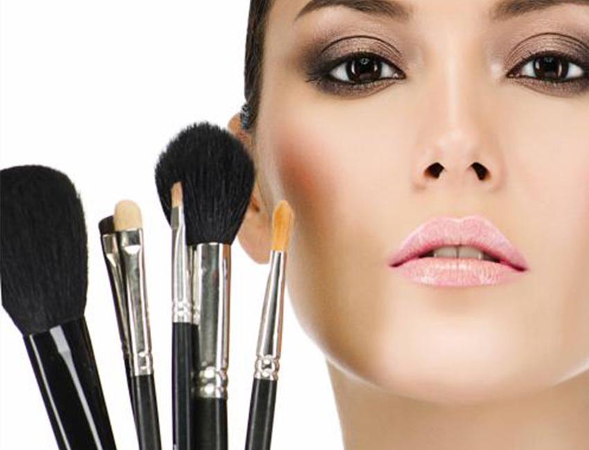 化妆的正确步骤,零基础新手化妆步骤的先后顺序